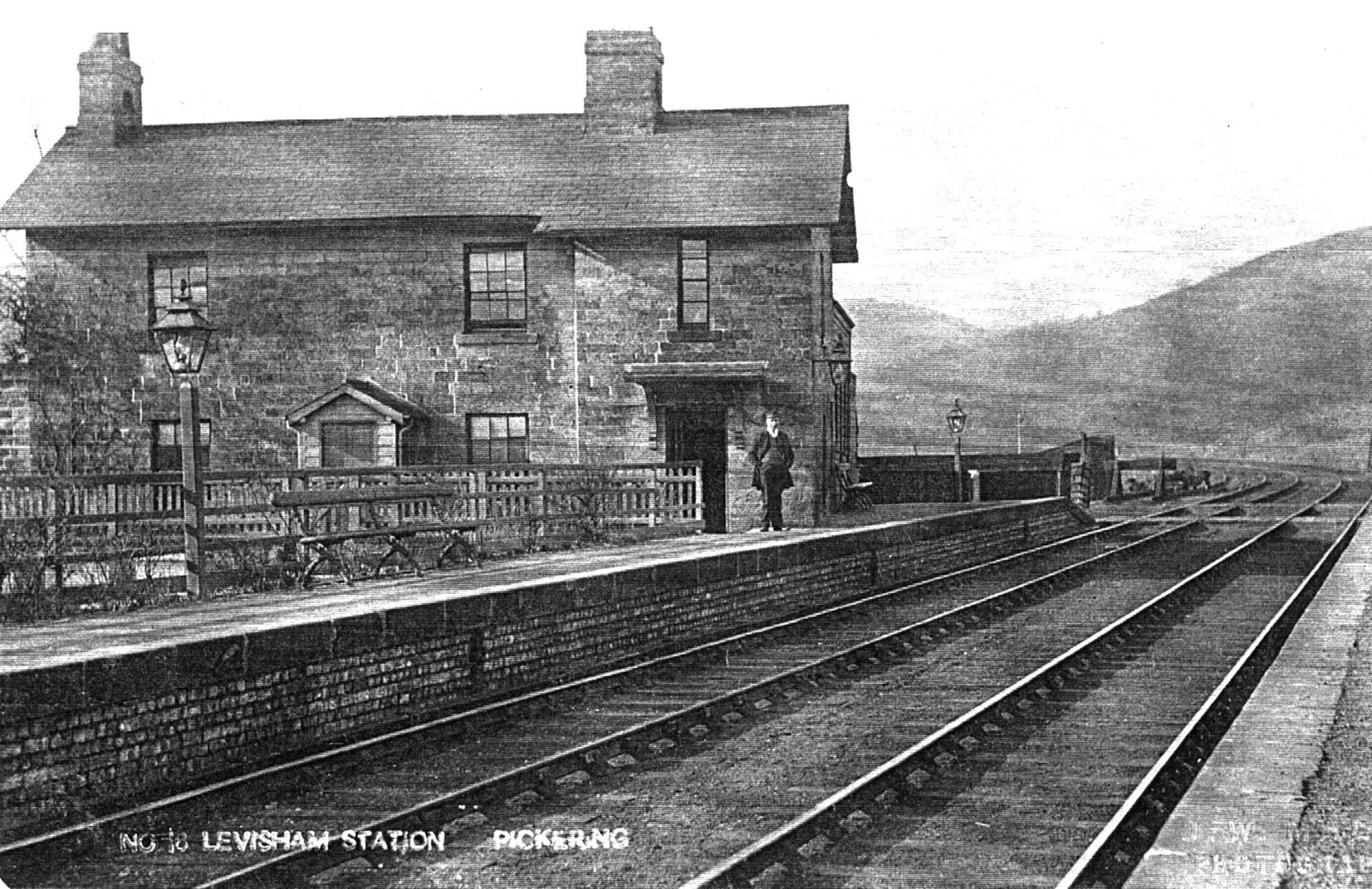 45LevishamStation,withstationmaster,circa1912.jpg