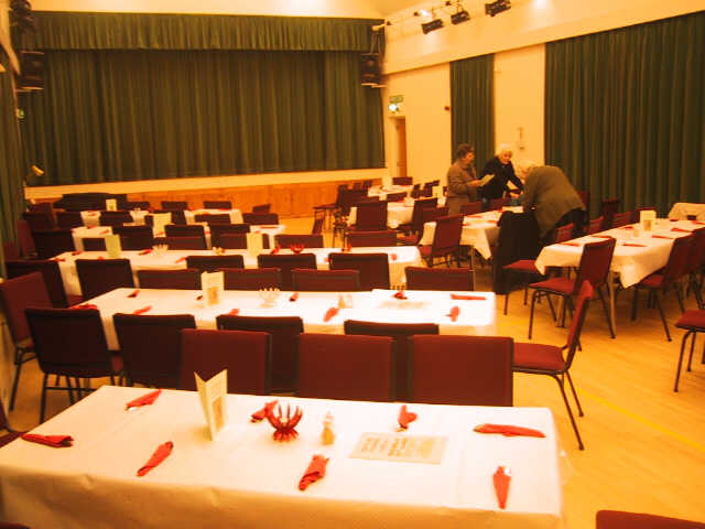http://www.maisemore.potentialmatters.co.uk/Village_Hall/diningtables1.jpg