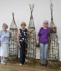 Willow workshop - obelisks
