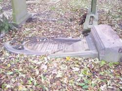 The Valdalised Brett Family Gravestone Today