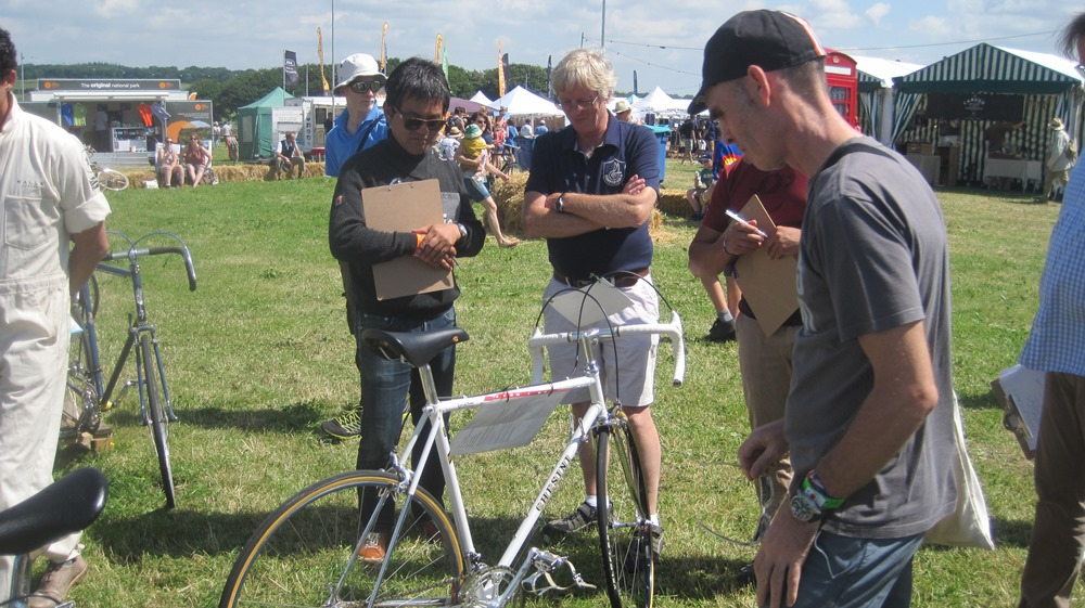 Trade Stands Glastonbury : Bristol thursday old time cyclists l eroica festival