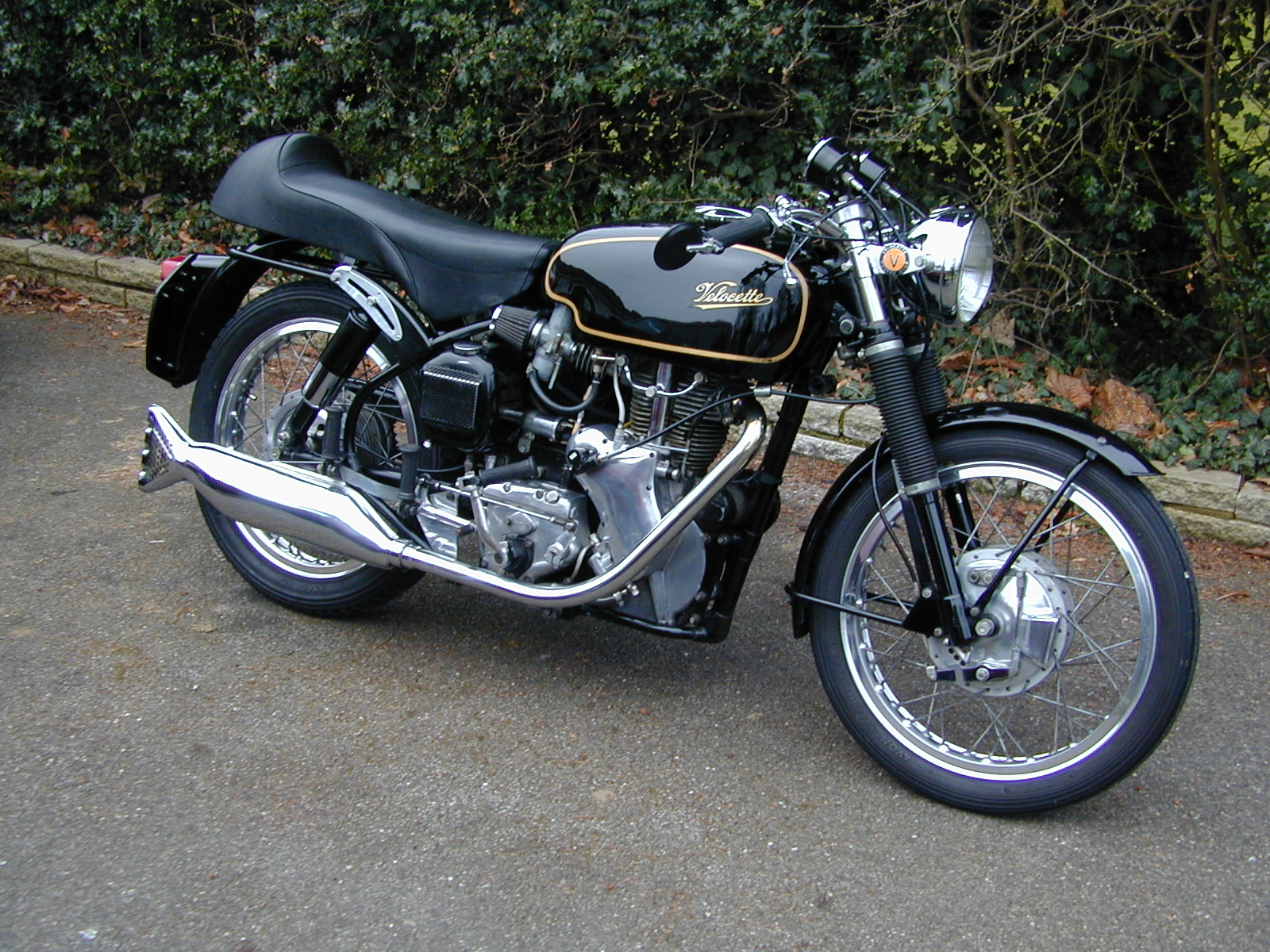 Velocette owners club dorking centre velocette books barrie james lovely venom clubman asfbconference2016 Choice Image