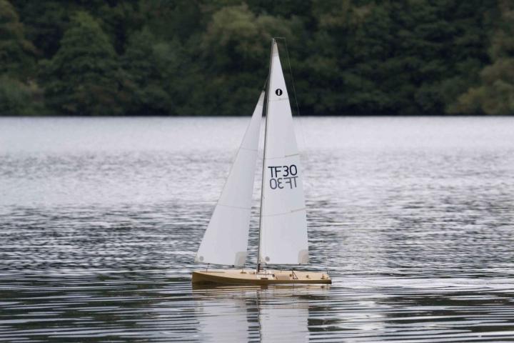 Jimegreewoods1metreyacht.jpg