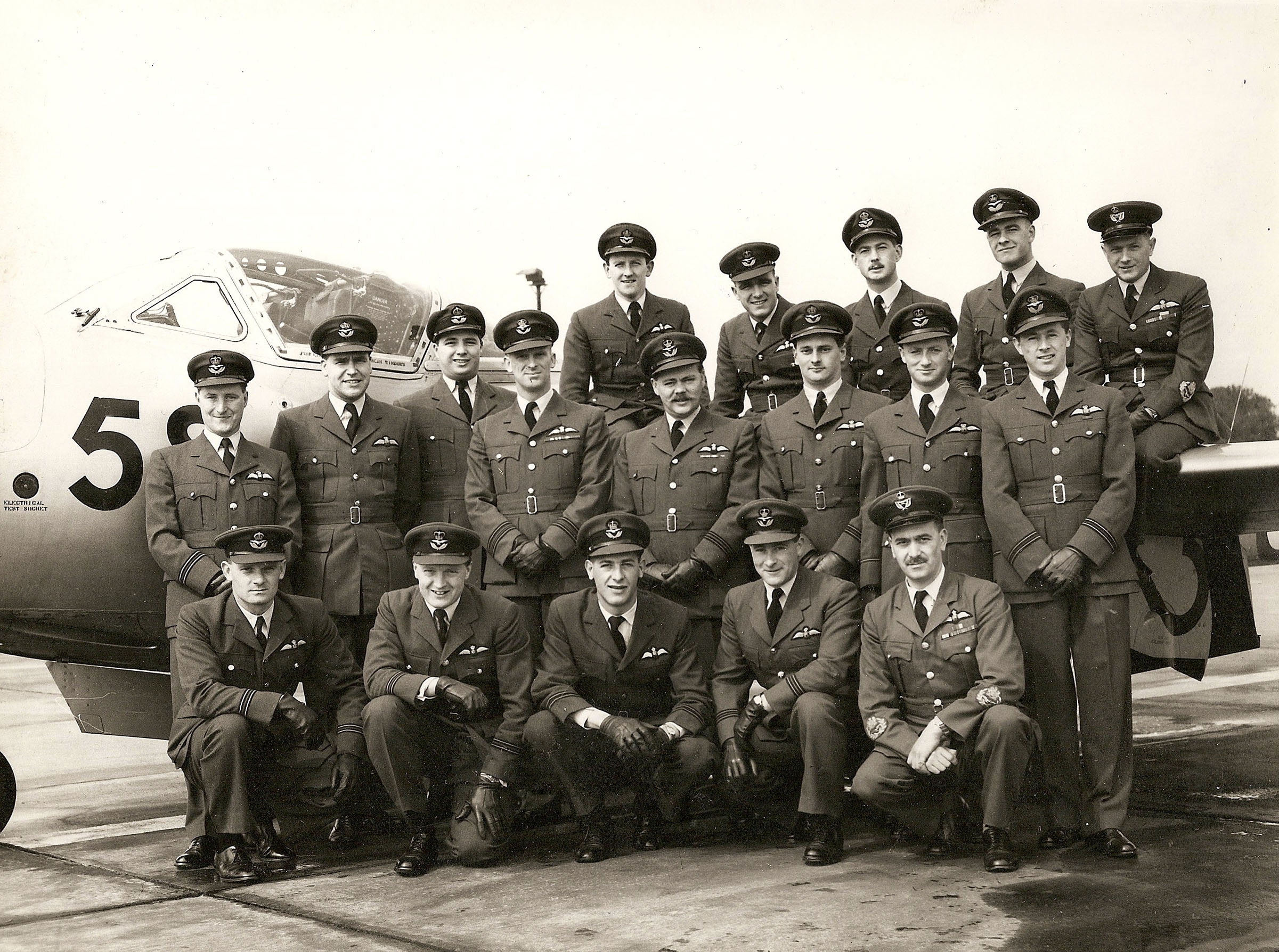 4 FTS, 2 Squadron, RAF Worksop 4 Flying Training School