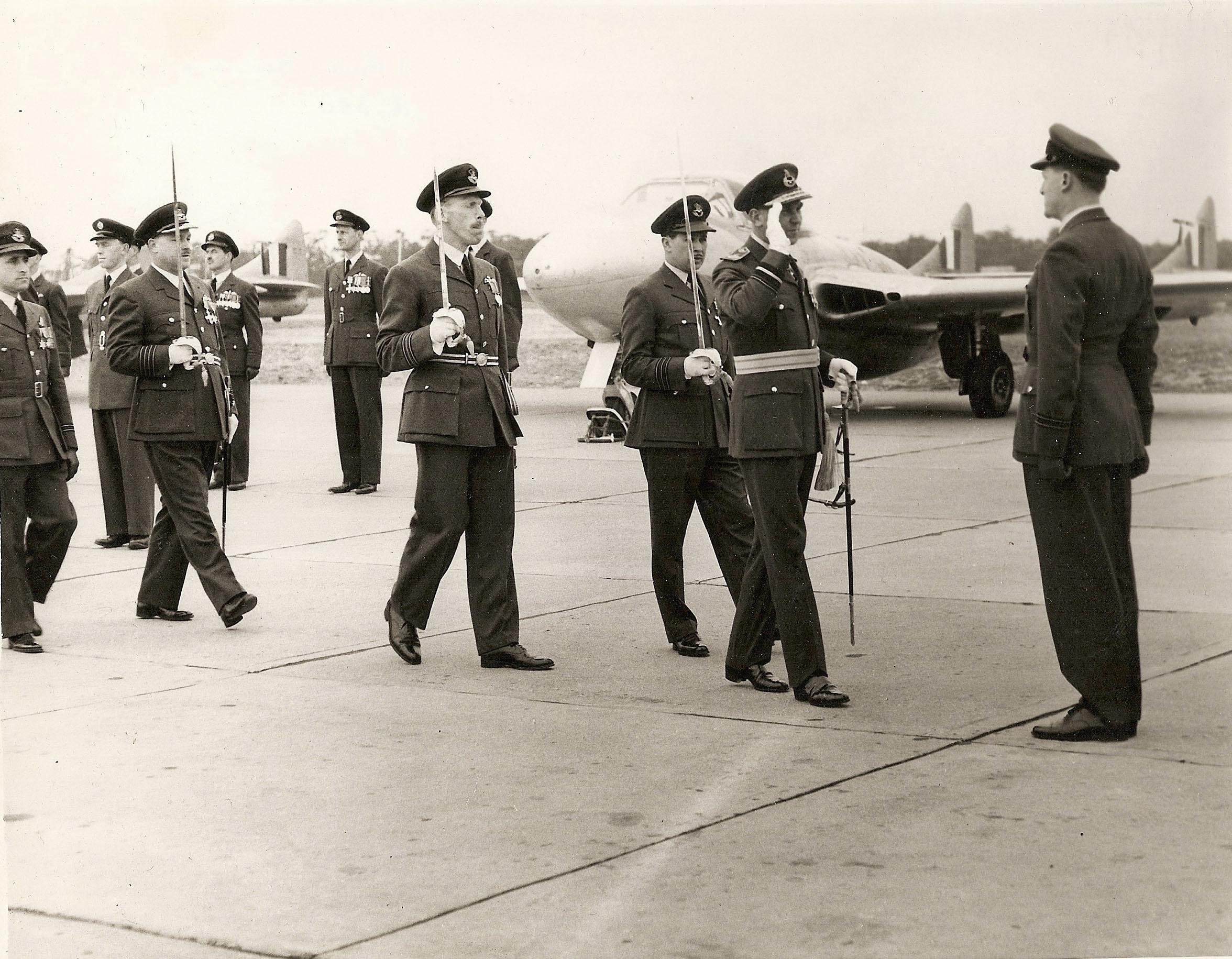 AOC, RAF Worksop, RAF Scofton, 4 FTS