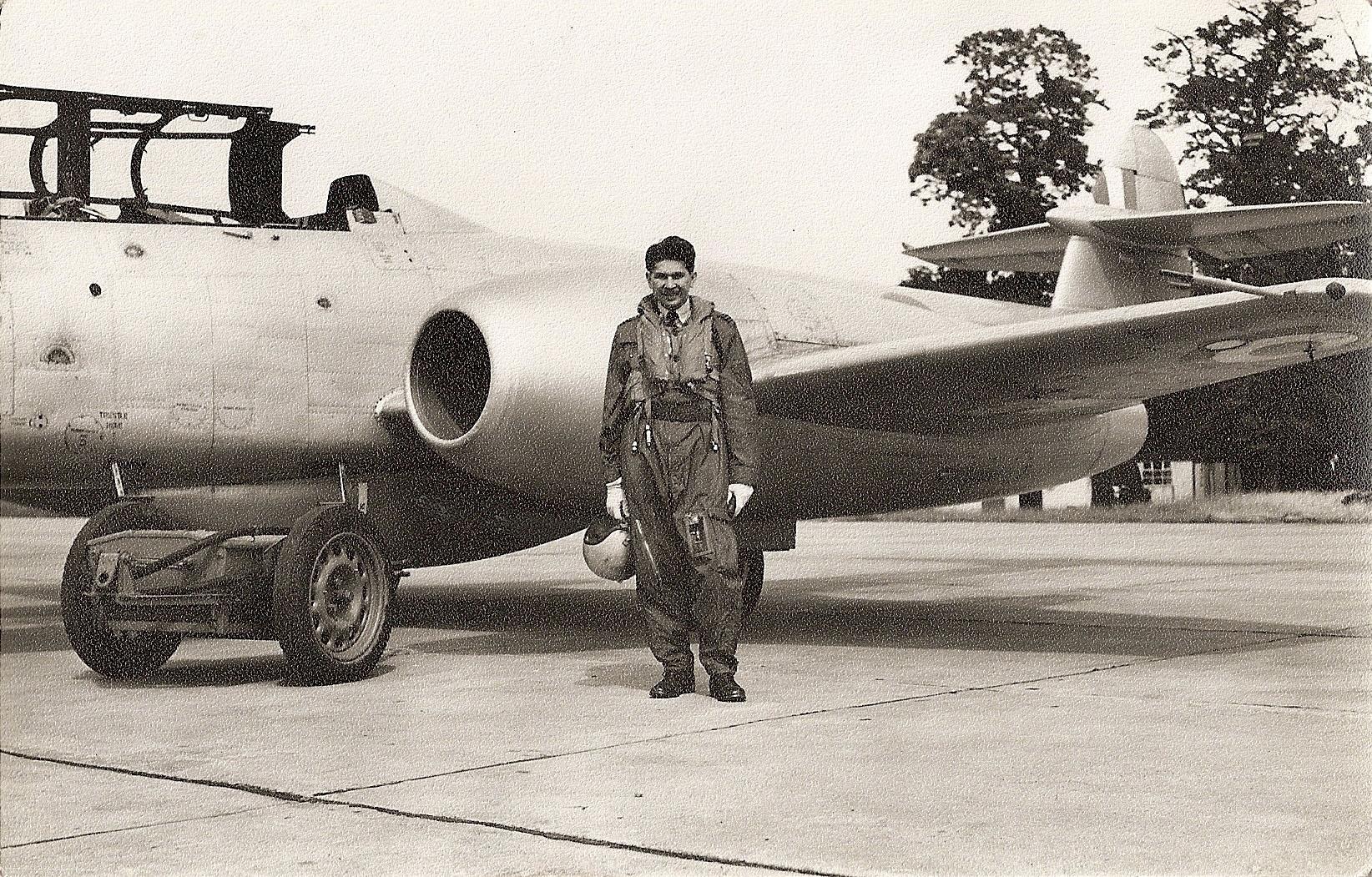 Wing Commander Farquharson, Ferdi, 4 FTS, RAF Worksop