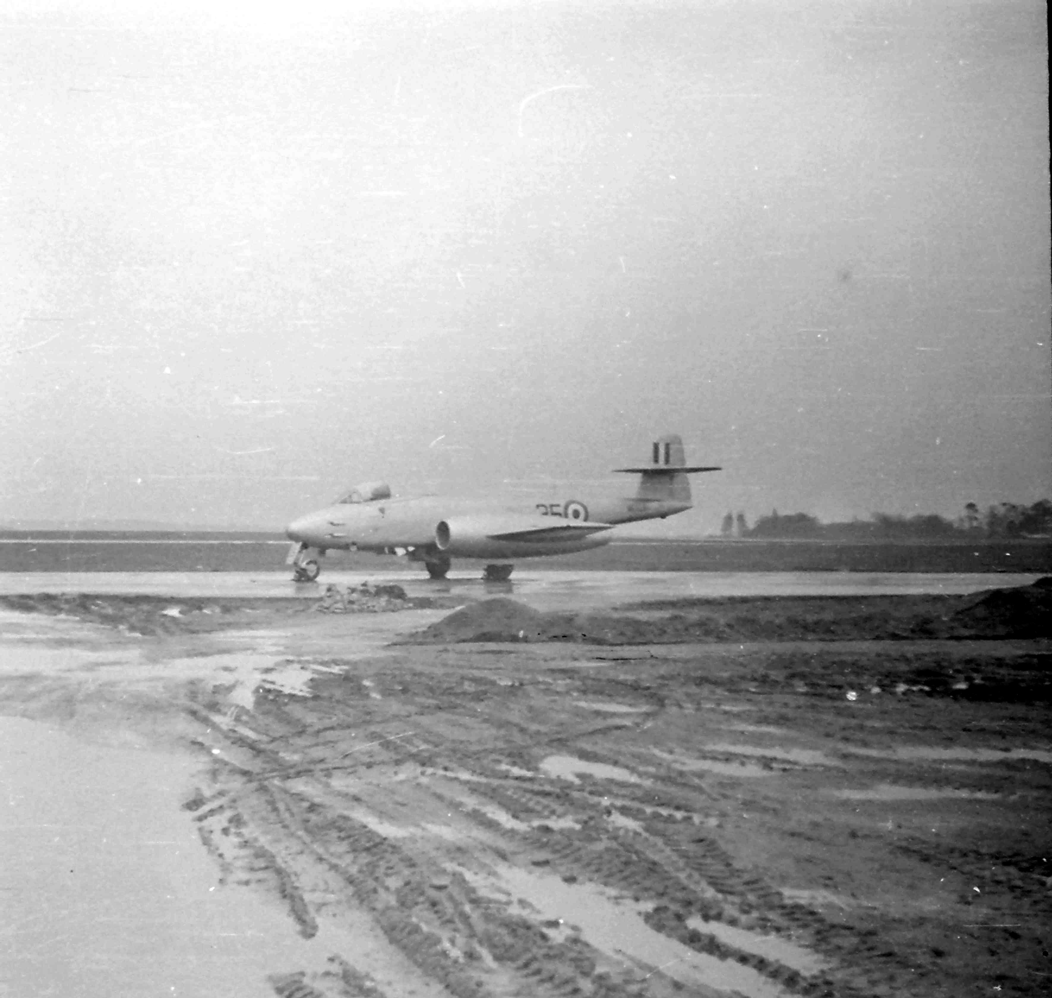 RAF Worksop, Meteor, F.8, 35, 1952