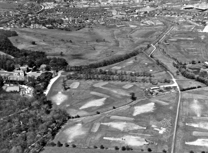 aerial view of Towneley Park in 1971