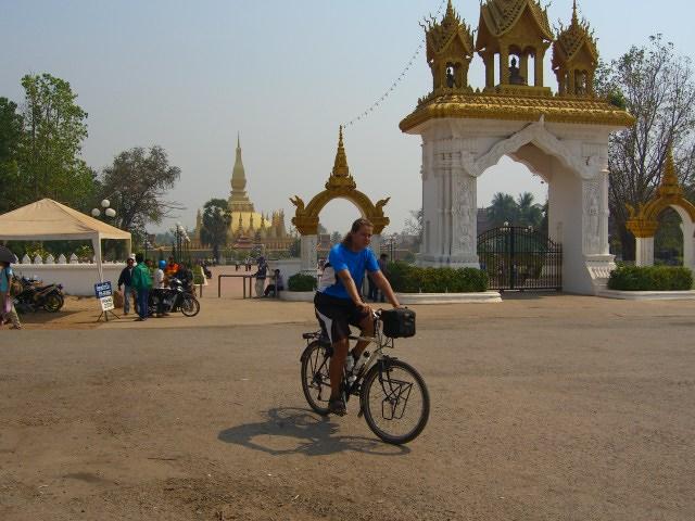 Kat site seeing in Vientiane