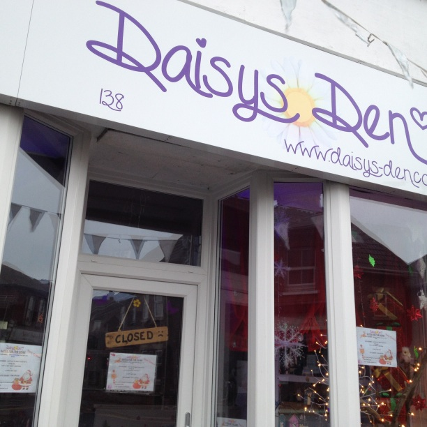 daisys den