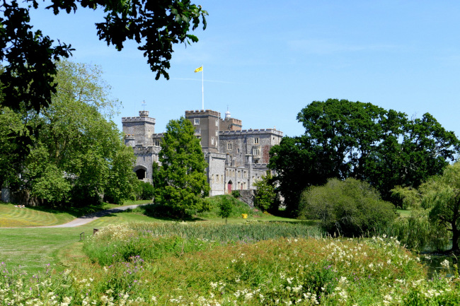 WSNTA Powderham Castle