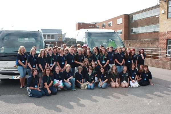 Volunteers 2009.jpg