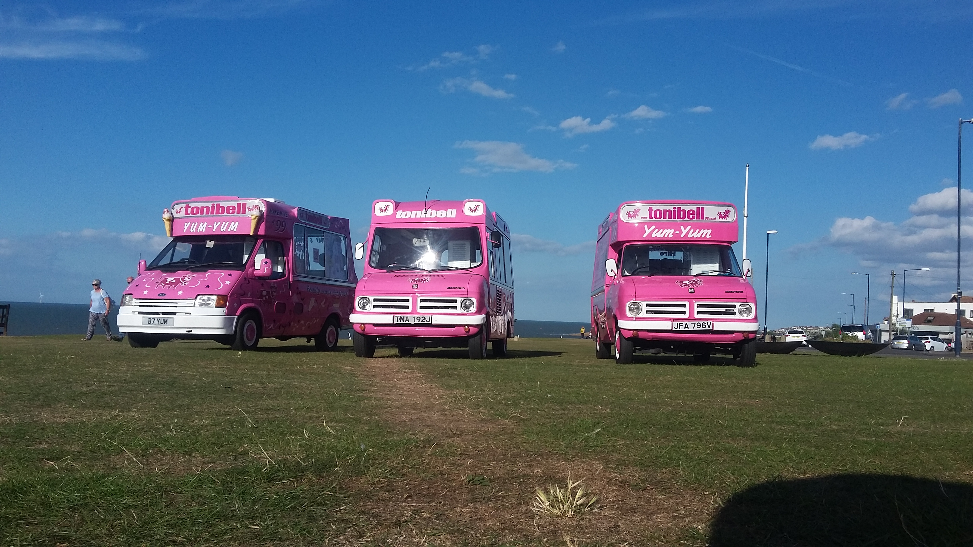 2139560c8a Vintage wedding Ice Cream Van Hire Kent London Essex Surrey   East Sussex